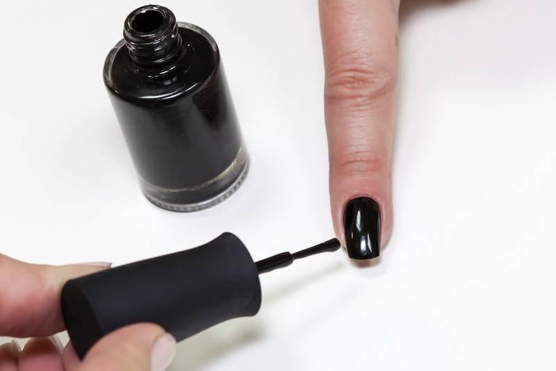 Masura magnetic nail polish - double-magnet scan